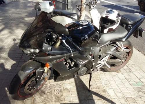P0044 Yamaha R6 negro