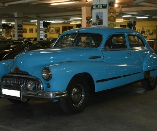 p0050 alquiler Buick Eight azul barcelona coches clasicos tyreaction