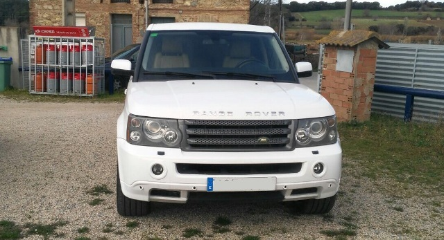 p0093 Alquiler coche lujo Range Rover blanco barcelona tyreaction