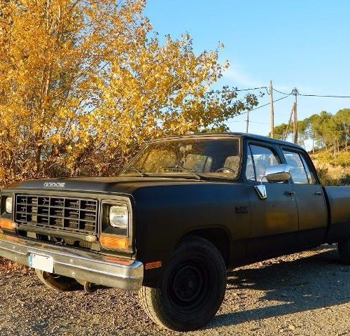 00002 Alquiler pickup americana Dodge Ram doble cabina negro mate tyreaction