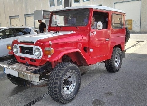 00002 Toyota BJ40