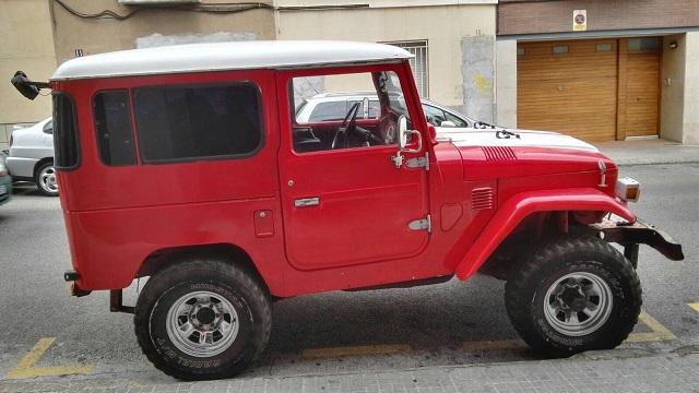 00002 Toyota BJ40 lat
