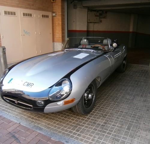 10413 Alquiler Jaguar E-type cabrio plata Tyreaction