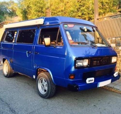 10420 Volkswagen t3 azul front 2