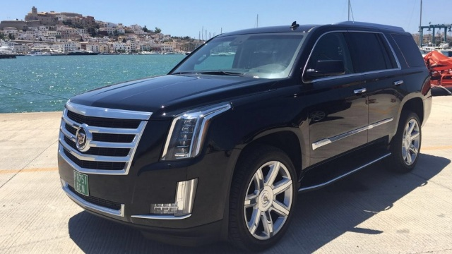 Cadillac Escalade 2015 Tyreaction front alquiler coches americanos barcelona