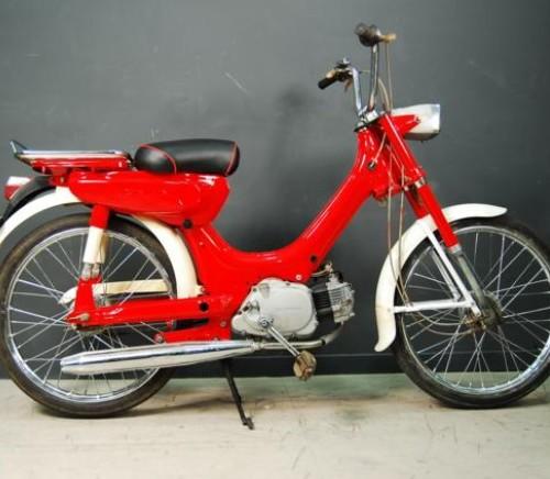 P0054 Honda PC 50 rojo
