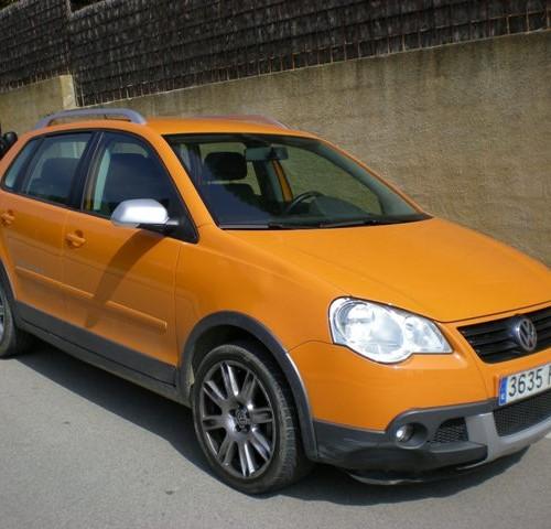 00001 Volkswagen Cross Polo naranja front