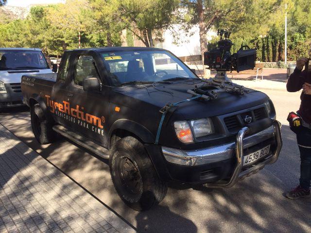 Alquiler pickup 4x4 barcelona asistencia rodajes tyreaction front