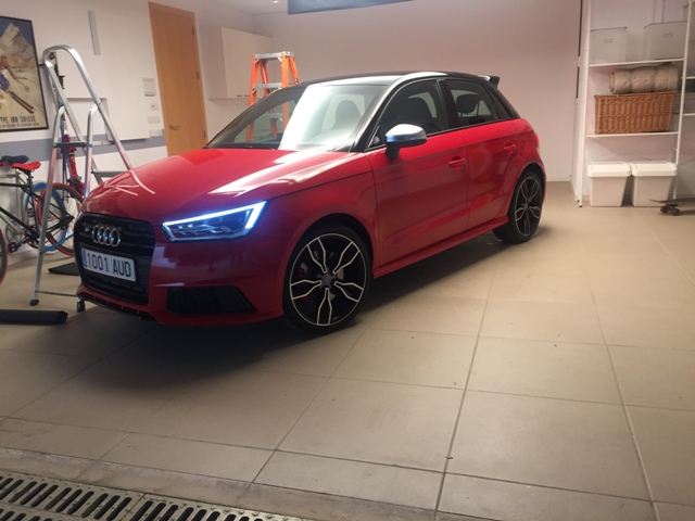 Anuncio Audi A1 S1 behind the scenes carcare and services 1 tyreaction 3
