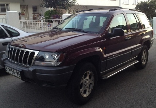 P0044 Jeep Grand Cherokee Laredo granate