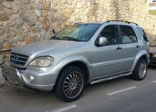 00001 Mercedes ML plata front