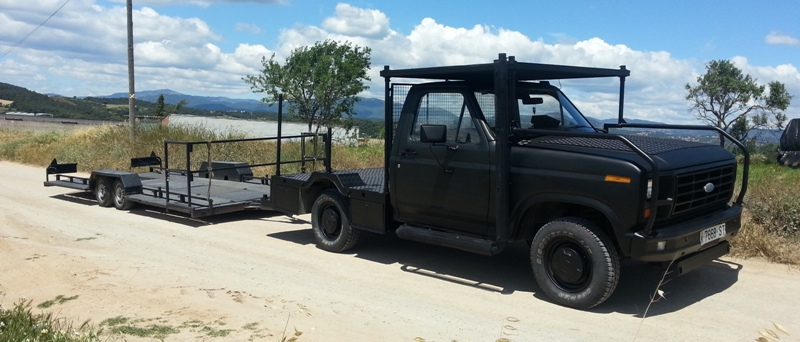 Alquiler camaracar cameracar ford f100 las bardenas reales navarra tyreaction pickup pelicula shooting 3 camara car front