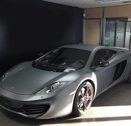 P0021 Alquiler Superdeportivo McLaren Mp4 gris Tyreaction Barcelona