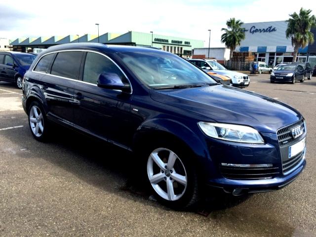 P0093 Audi Q7 azul front