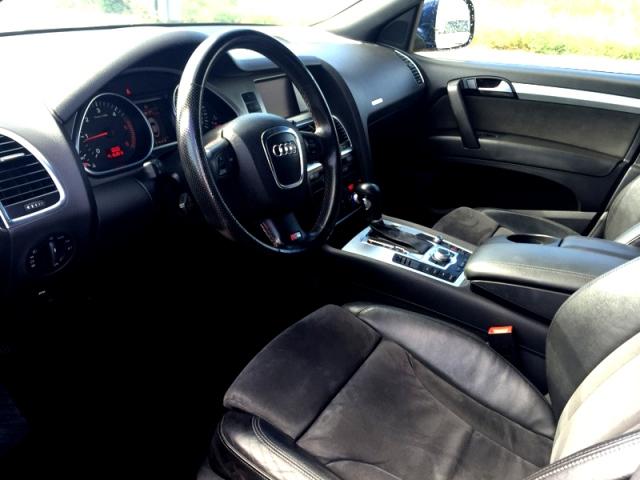 P0093 Audi Q7 azul int