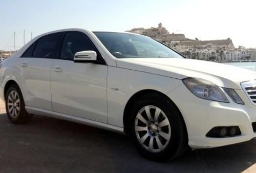 P0093 Mercedes E220 blanco front