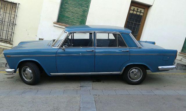 P0138 Seat 1500 azul lat