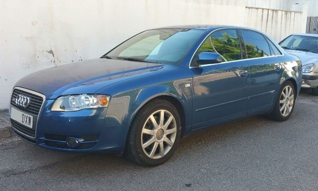 00001 Alquiler audi a4 b7 s.line azul front