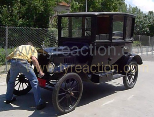 10435 Alquiler Ford t 1917 negro front copia