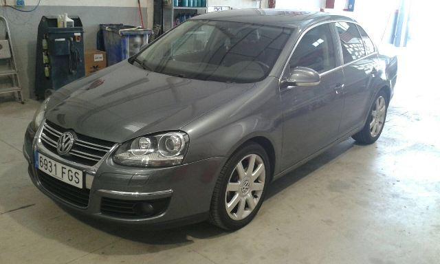 p0139 Volkswagen Jetta gris front
