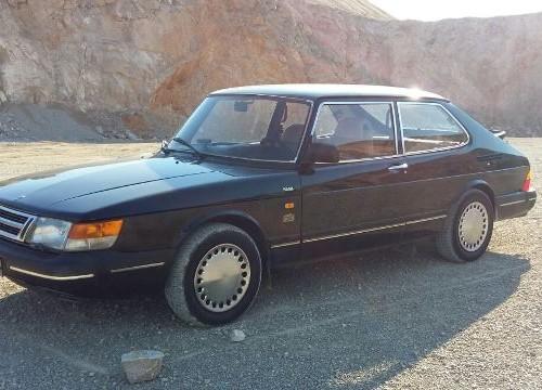 p0015 alquiler Saab 900 negro front