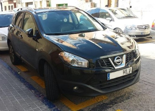 P0044 Nissan Qashqai negro front