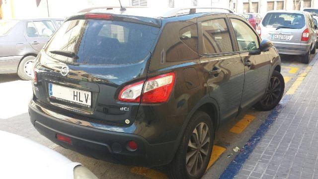P0044 Nissan Qashqai negro tras