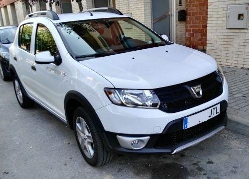 p0044 Dacia Sandero Stepway blanco front