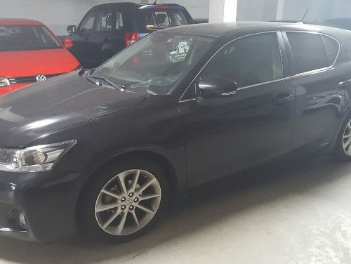 p0044 Lexus CT200H negro lat