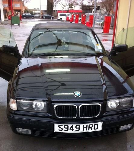 10382.2 BMW 323 cabrio volante derecha