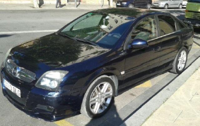 P0044 Opel Vectra azul front