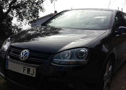 P0044 Volkswagen Golf negro front