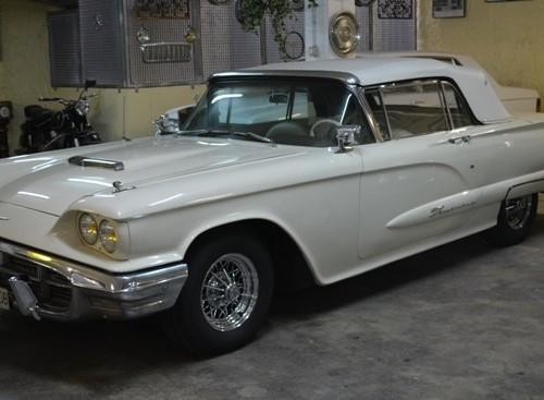 p0050 Ford Thunderbird blanco lat