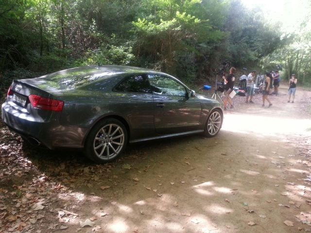 alquiler audi RS5 tyreaction vehiculos escena se quien eres making off