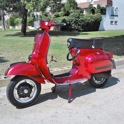 10070 Alquiler Vespa primavera rojo