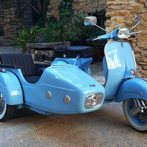 10572 Alquiler Vespa 150-S con Sidecar azul 2