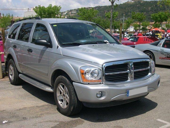 10580.2 Alquiler coches americanos barcelona Dodge Durango plata frontal