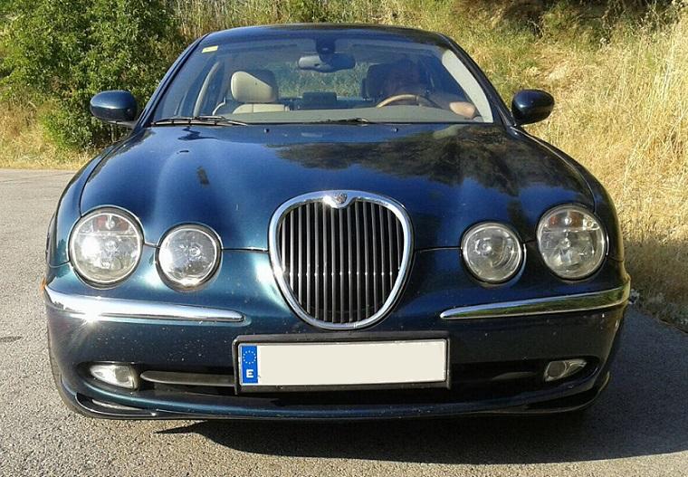 10583 Alquiler Jaguar S Type verde front
