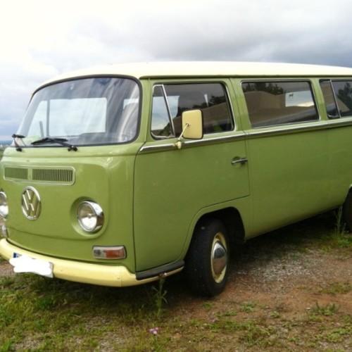 10587 Alquiler Volksvawen T2 verde