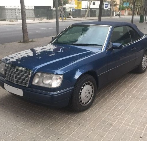 p0018 Mercedes CE cabrio azul front 1994