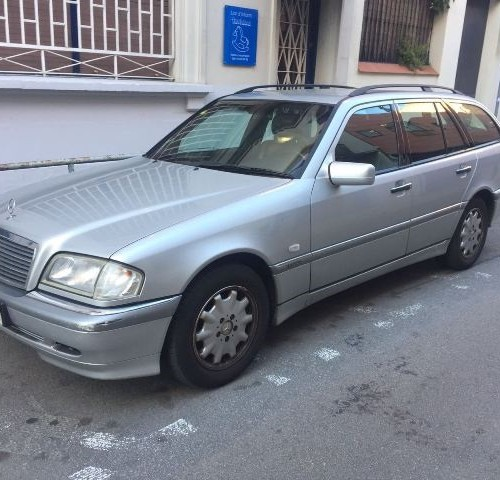 p0018 Mercedes clase E familiar plata 1998 front