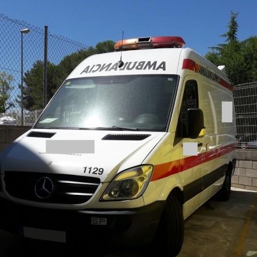 10318 Alquiler Ambulancia blanco front
