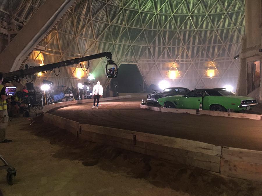 making of videoclip shakira perro fiel nicky jam tyreaction vehiculos de escena 16