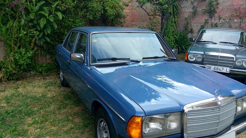 10603 Alquiler Mercedes W 123 300D color azul