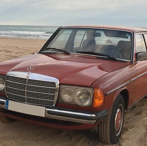 10624 Mercedes 300D granate