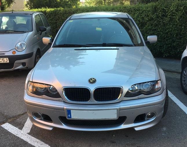 P0044 Alquiler Bmw 320D color plata frontal
