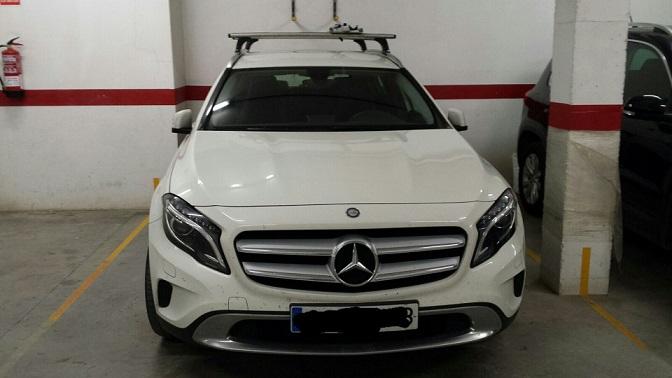 P0044 Alquiler Mercedes GLA blanco