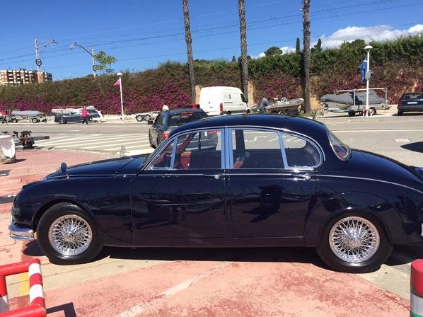 P0057 Alquiler Daimler V8