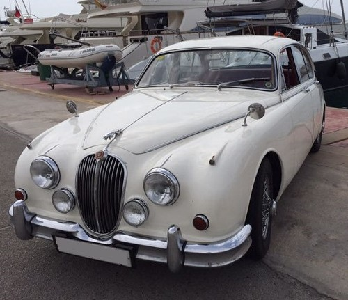 P0057 Alquiler Jaguar MK II front For rent Prop Action Picture Vehicles in Spain España Barcelona Madrid