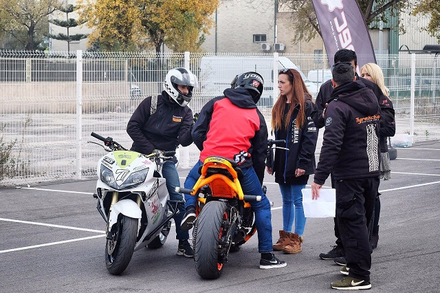 TMS Tyreaction motor show en ace cafe barcelona espectaculo motor equipo produccion jordi nebot